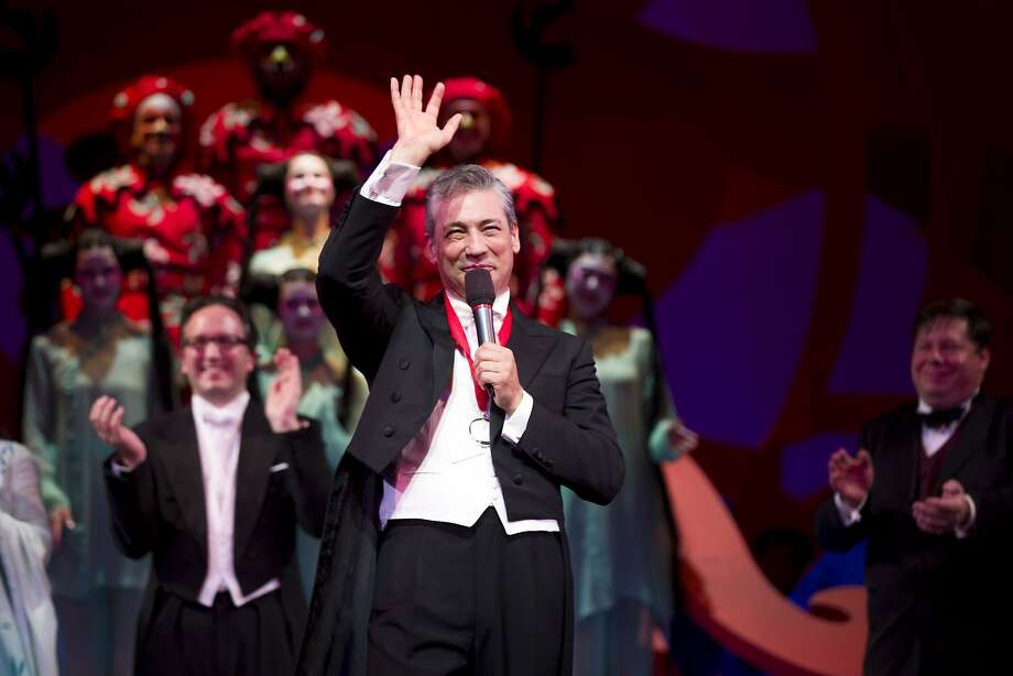 Conductor Nicola Luisotti gets a round of applause following the end of Turandot at the War Memorial Opera House during the Opera Ball on Friday, Sept. 8, 2017, in San Francisco, Calif. Photo: Santiago Mejia, The Chronicle