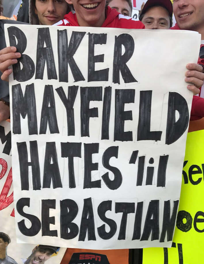 The best signs from College GameDay - Houston Chronicle
