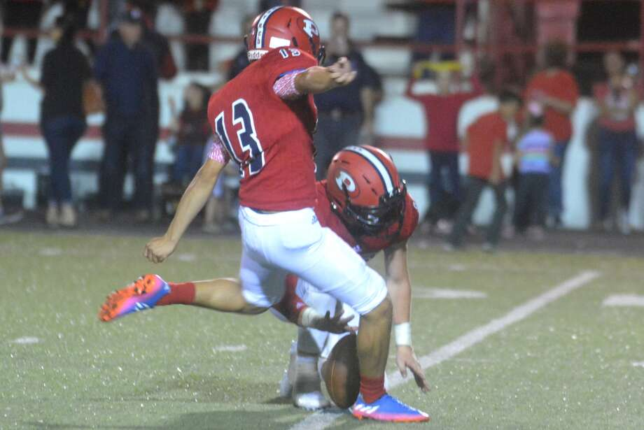 Plainview kicker Carlos Rivera-Sanchez booted three extra points and a field goal in a 42-24 loss to Tascosa Friday night. His 29-yard field goal in the second quarter gave Plainview a 10-7 lead. Photo: Skip Leon/Plainview Herald