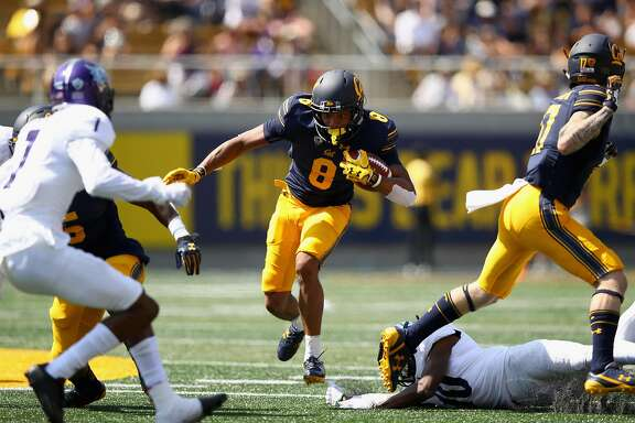BERKELEY, CA - SEPTEMBER 09:  Demetris Robertson #8 of the California Golden Bears runs with the ball against the Weber State Wildcats at California Memorial Stadium on September 9, 2017 in Berkeley, California.  (Photo by Ezra Shaw/Getty Images)