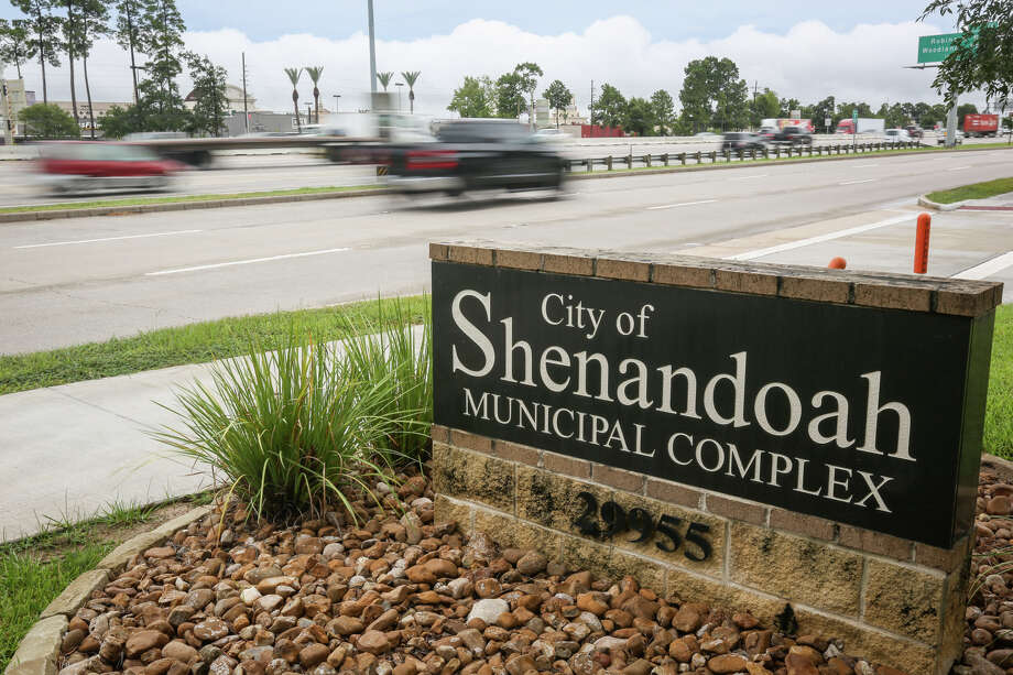 The City of Shenandoah Municipal Complex is pictured on Monday, Aug. 7, 2017. Photo: Michael Minasi, Staff Photographer / © 2017 Houston Chronicle