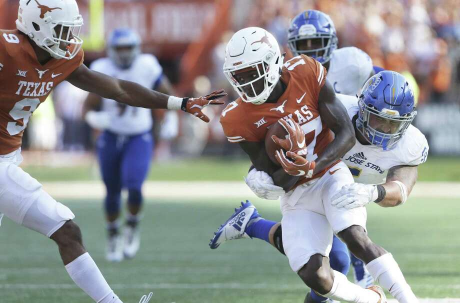 Texas WR Hemphill-Mapps will transfer