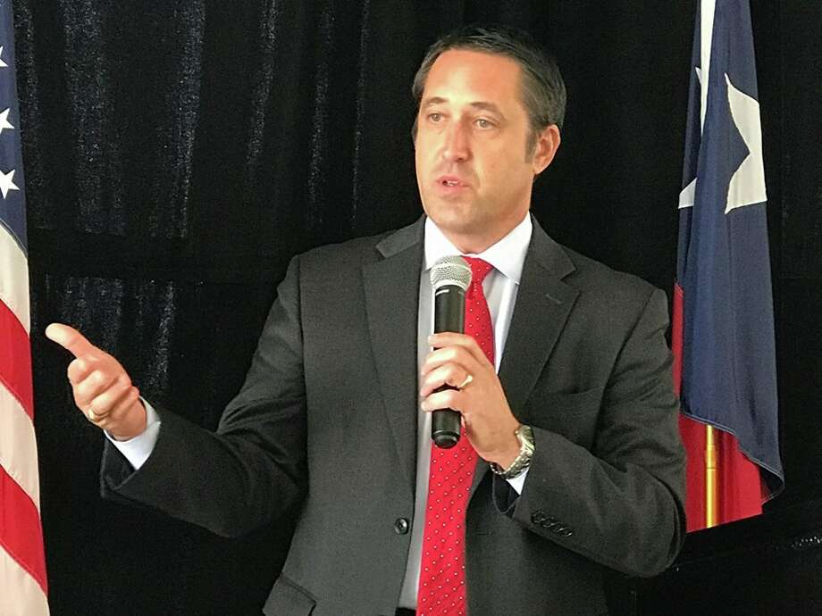 Texas Comptroller Glenn Hegar discusses Harvey's impact on Texas at the North Shore Republican Women's luncheon Wednesday at the Bentwater Yacht Club. Photo: Meagan Ellsworth