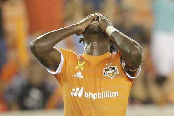 9/9/17:Houston Dynamo forward Alberth Elis (17) reacts after missing a scoring chance against the Colorado Rapids in the first half in a MLS game at BBVA stadium in Houston, TX