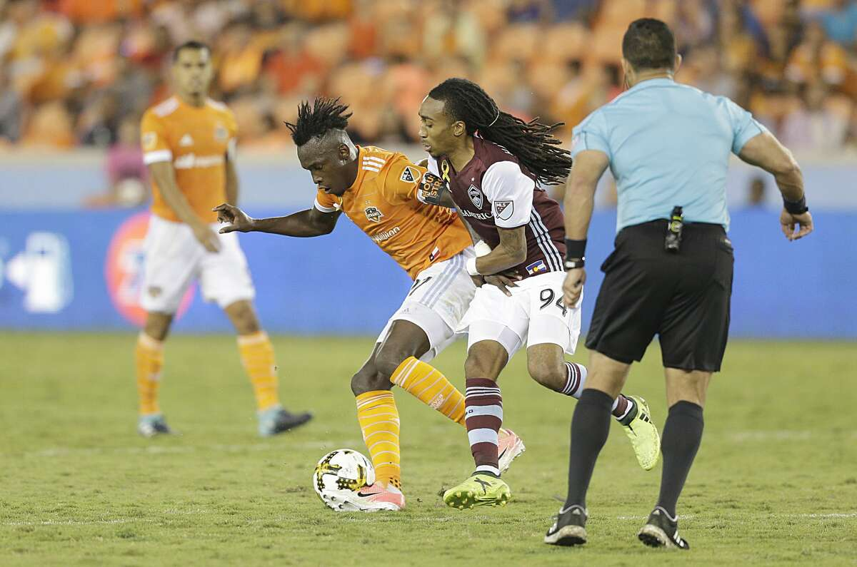 9/9/17: Houston Dynamo forward Alberth Elis (17) battles against Colorado Rapids midfielder Marlon Hairston (94) in the second half in a MLS game at BBVA stadium in Houston, TX. Colorado Rapids won 1 to 0.