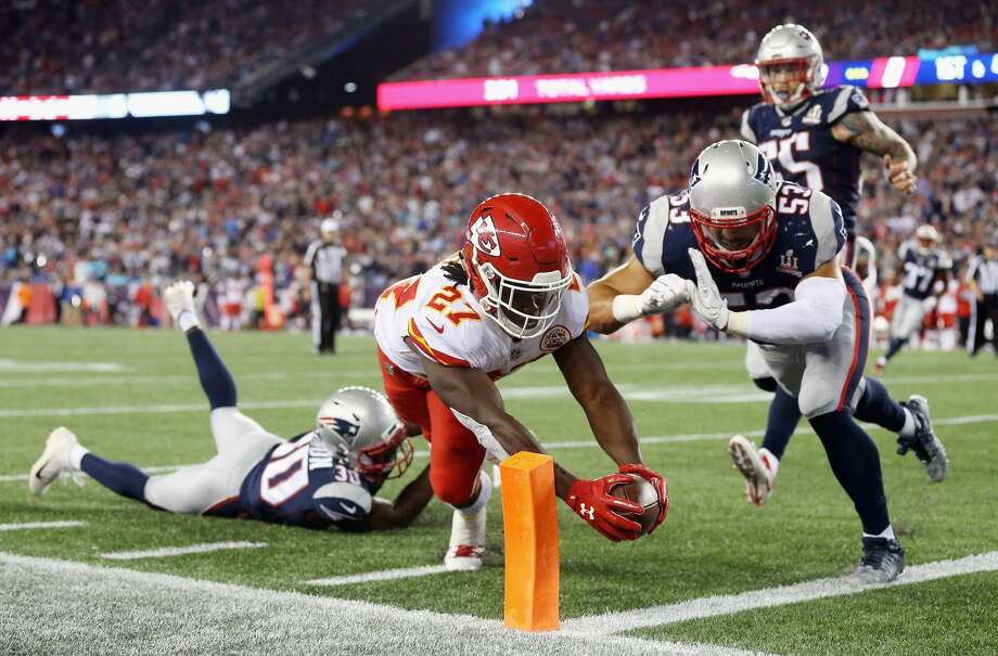 Chiefs rookie running back, Kareem Hunt, torched the New England Patriots in his NFL debut. He rushed for 148 yards with a touchdown and caught five passes for 98 yards with two more scores.Browse through the photos to see what other current and former NFL stars had memorable rookie debuts. Photo: Maddie Meyer/Getty Images