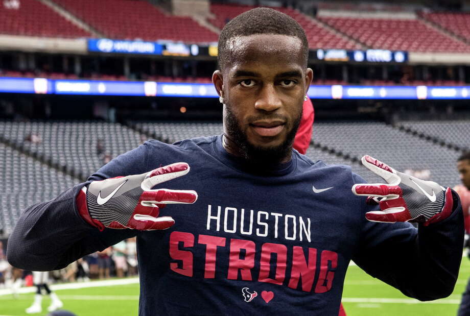 "Houston Texans cornerback Kareem Jackson shows off his ""Houston Strong"" shirt before the Texans' NFL football game against the Jacksonville Jaguars at NRG Stadium on Sunday, Sept. 10, 2017, in Houston. Photo: Brett Coomer, Houston Chronicle / © 2017 Houston Chronicle"