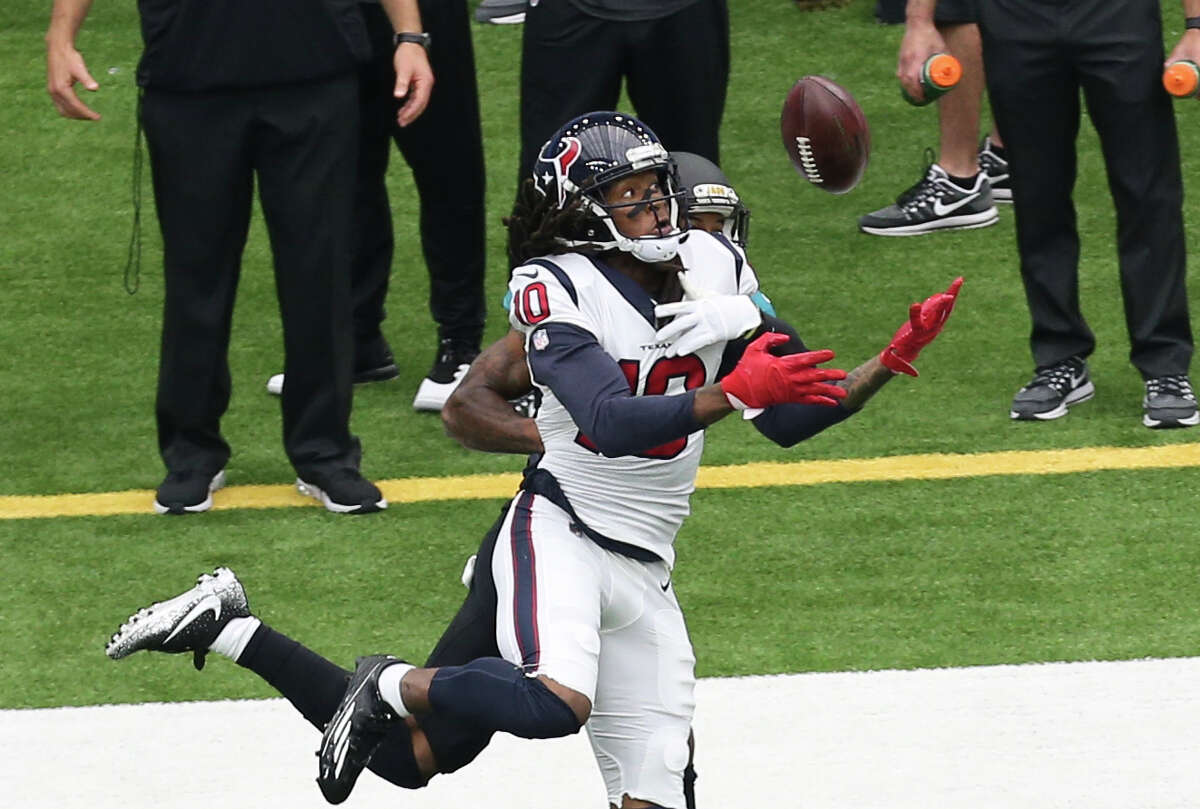 WIDE RECEIVER/TIGHT END DeAndre Hopkins caught seven passes for 55 yards and a touchdown. Ryan Griffin and C.J. Fiedoriwicz were lost with concussions. Grade: D