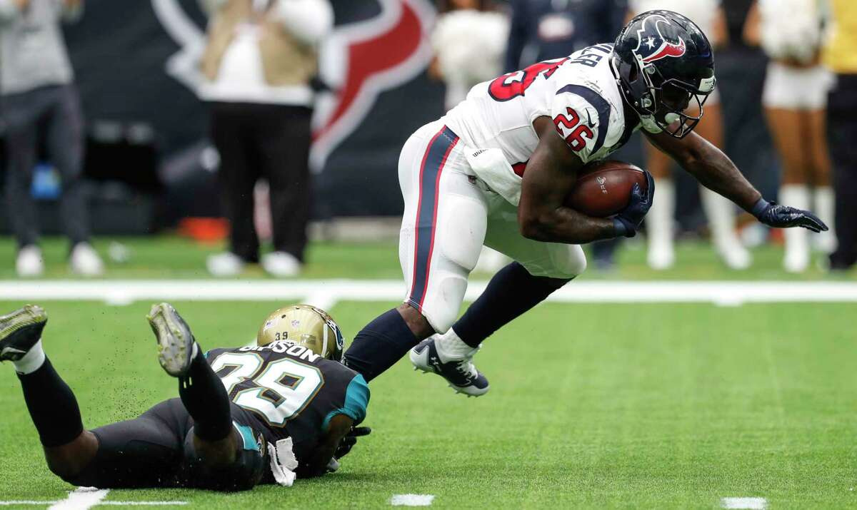 RUNNING BACK Lamar Miller carried 17 times for 65 yards, but too many came in garbage time when the Jaguars were playing for the pass. Grade: D
