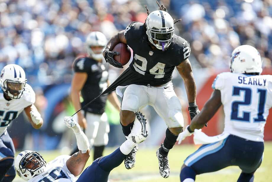 NASHVILLE, TN- SEPTEMBER 10: Running back Marshawn Lynch  #24 of the Oakland Raiders runs the ball against the Tennessee Titans in the second half at Nissan Stadium on September 10, 2017 In Nashville, Tennessee. (Photo by Wesley Hitt/Getty Images) ) Photo: Wesley Hitt, Getty Images