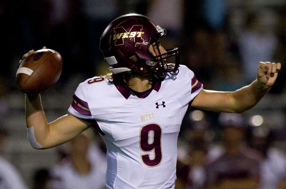 Magnolia West quarterback John Matocha (9) drops back to pass during the first quarter of a District 20-5A high school football game at Berton A. Yates Stadium Friday, Oct. 7, 2016, in Willis. Photo: Jason Fochtman, Staff / Houston Chronicle