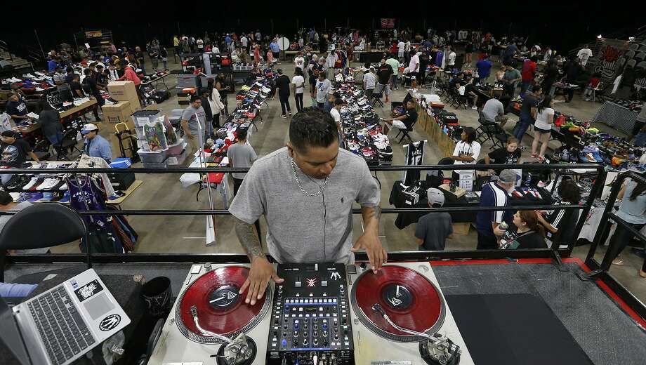 "Anthony ""DJ Vicious"" Reyes performs during the Spurs Sneaker Jam held Sunday Sept. 10, 2017 at the AT&T Center. Photo: Edward A. Ornelas, Staff / San Antonio Express-News / © 2017 San Antonio Express-News"