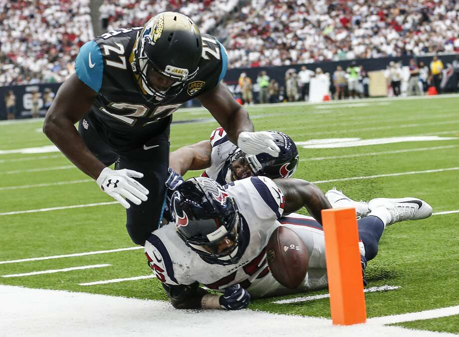 Leonard Fournette provides the Texans a different challenge in Week 2. Photo: Brett Coomer/Houston Chronicle