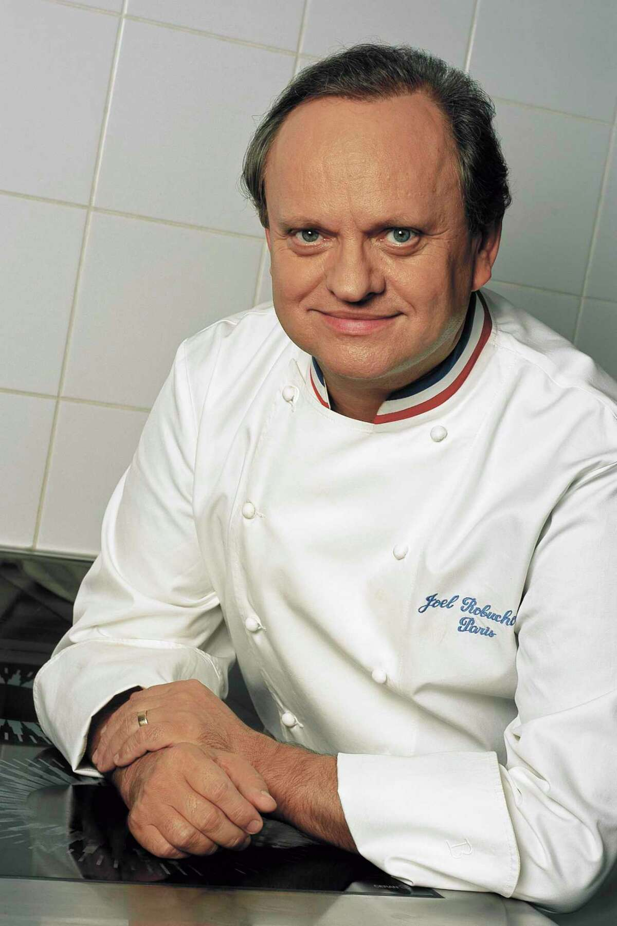 La Table and Invest Hospitality have created Hospitality for Houston initiative to help the hospitality industry in the country donate to Harvey relief efforts in Houston. Among the first to donate was chef Joel Robuchon.
