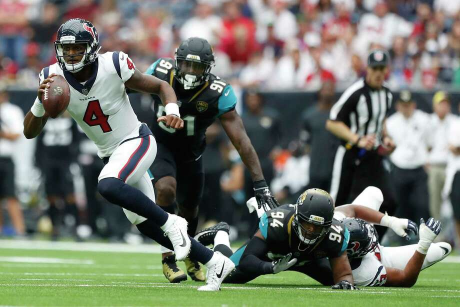 Houston Texans quarterback Deshaun Watson (4) runs the ball in the third quarter of an NFL football game at NRG Stadium, Sunday, Sept. 10, 2017, in Houston.  ( Karen Warren / Houston Chronicle ) Photo: Karen Warren, Staff / @ 2017 Houston Chronicle