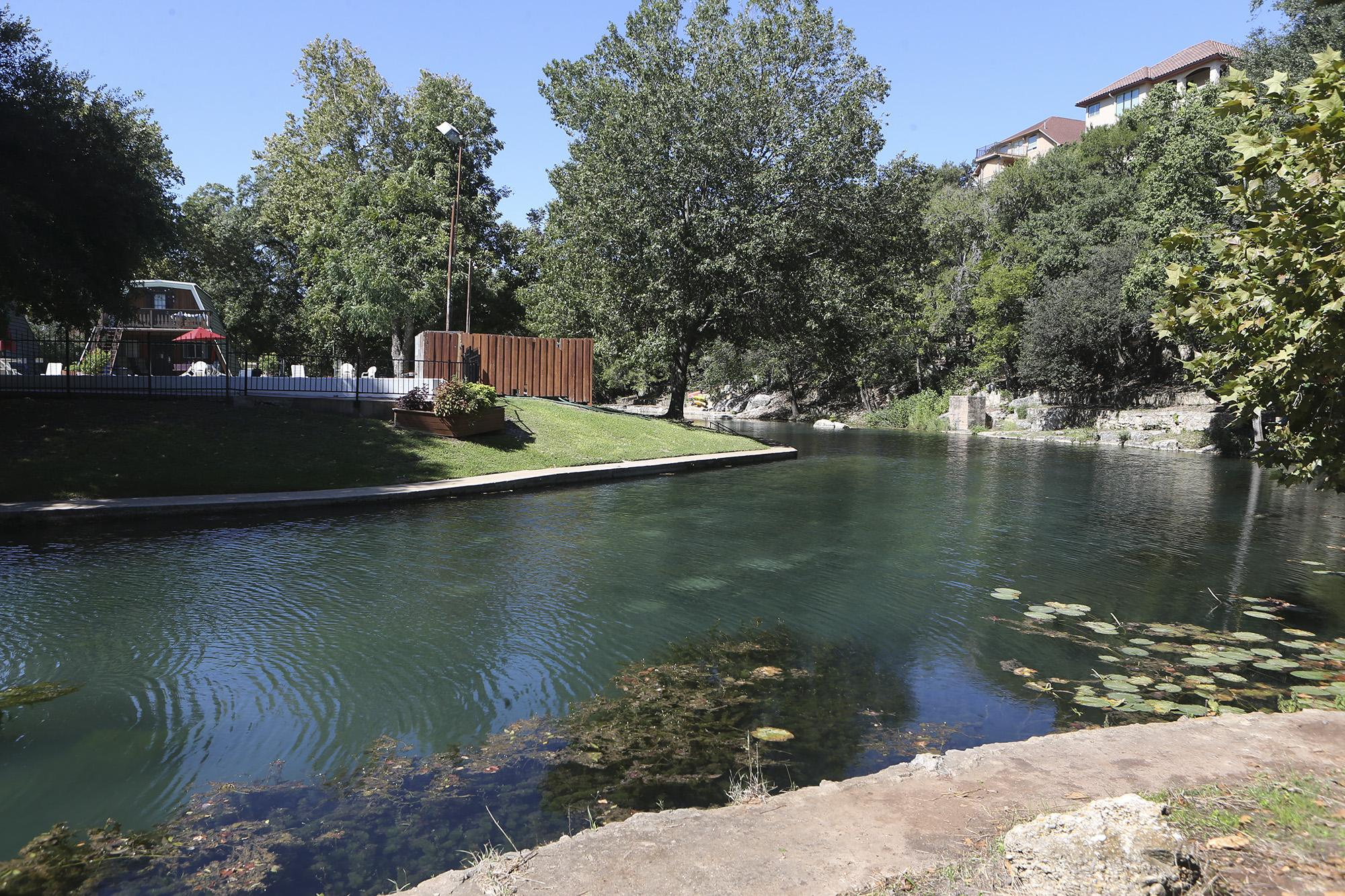 San Antonio Man Drowns In Comal River While Tubing San