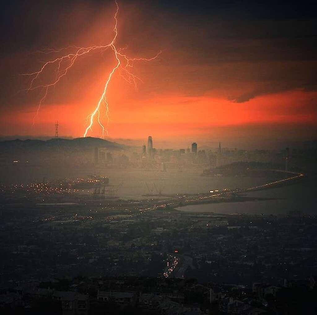 @vincenterjamesphotography captured this lightning strike over San Francisco. Photo: Instagram / Vincenterjamesphotography