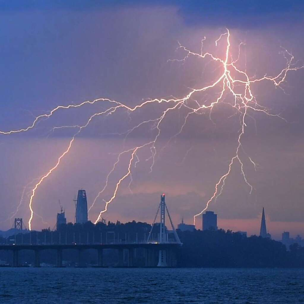 Rob Kranz (@lightleak) phootgraphed the lightning over the San Francisco skyline. Photo: Instagram / Lightleak