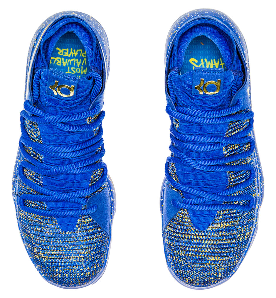 the best attitude e0b04 6c395 Kevin Durant s new sneakers hide a message for his critics
