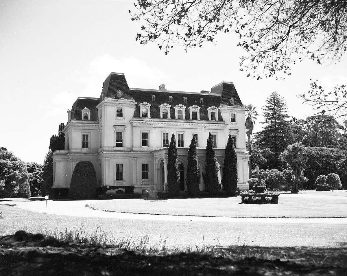 Mills Estate, the home of Darius Mills, June 1953