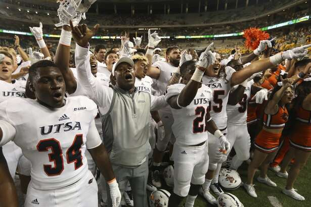 UTSA  coach Frank Wilson, center, celebrates with his players following their 17-10 win over  Baylor  in an NCAA college football game, Saturday, Sept. 9, 2017, in Waco, Texas. (Rod Aydelotte/Waco Tribune Herald, via AP)