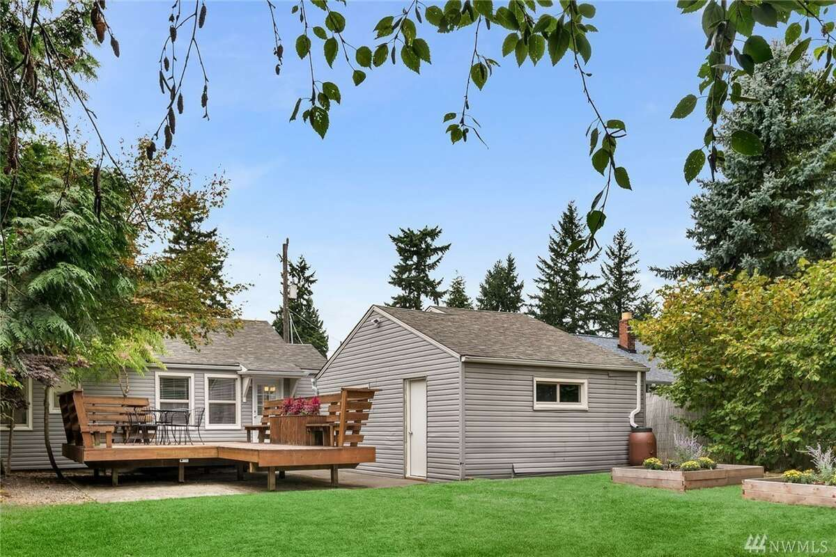 14086 23rd Pl. N.E., listed for $430,000. See the full listing here.