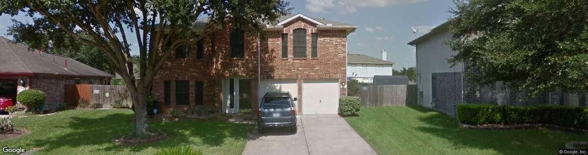 Free for Harvey victims: Chimney Ridge Road, ZIP code: 77053 Bedrooms: 4 Max occupants: 1