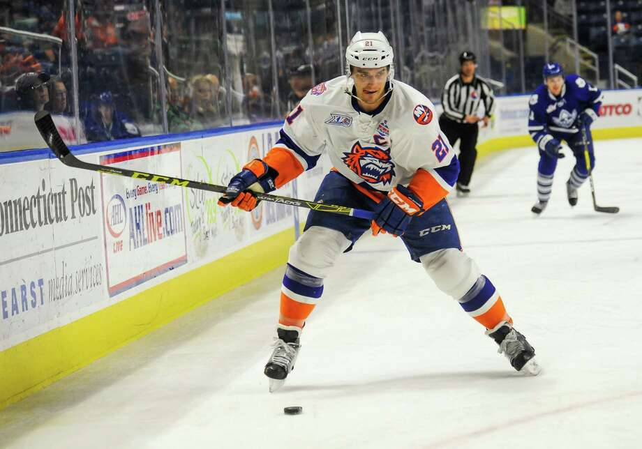 Sound Tigers captain Ben Holmstrom will attend the Islanders' training camp on a tryout. Photo: Gregory Vasil / For Hearst Connecticut Media / Connecticut Post Freelance