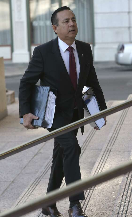 "State Sen. Carlos Uresti heads into U.S. Bankruptcy Court Tuesday to testify in a trial involving now-defunct frac sand company FourWinds Logistics. On the witness stand, Uresti said FourWinds ""might have been a Ponzi scheme."" Uresti was charged in an 11-count indictment in May for his involvement in FourWinds. He has denied the charges. Photo: John Davenport /San Antonio Express-News / ©John Davenport/San Antonio Express-News"