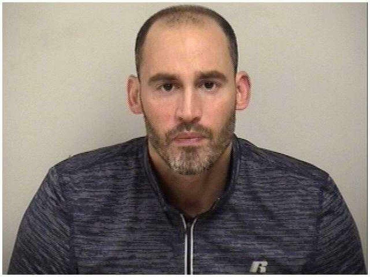 Scott Snelwar, 40, of Fairfield