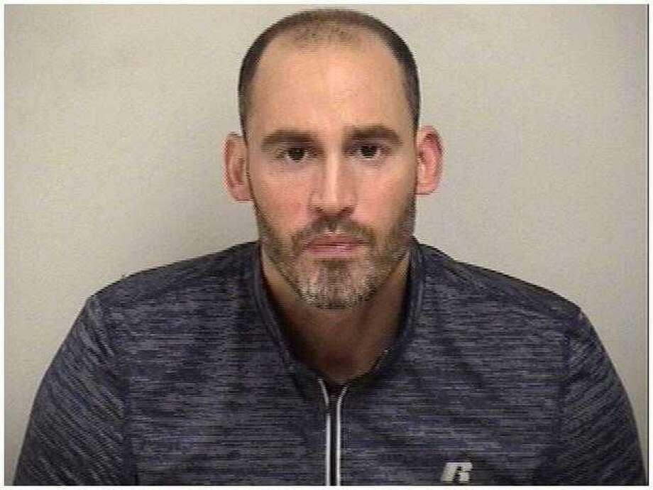 Scott Snelwar, 40, of Fairfield Photo: Mugshot / Westport Police Department