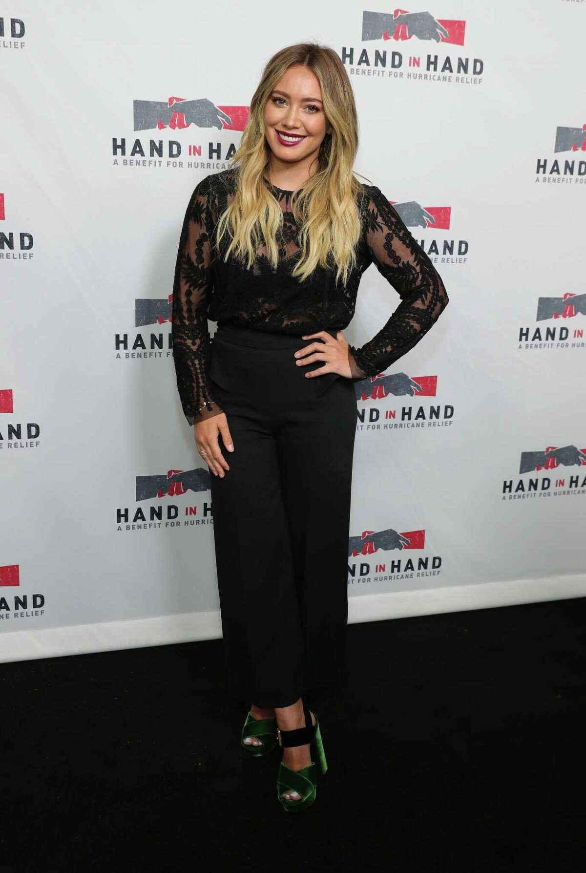 Houston-born celebrity, Hilary Duff announced that she and her boyfriend Matthew Koma are expecting a little girl. >> See Hilary Duff's take on some of her cringiestthrowback looks.
