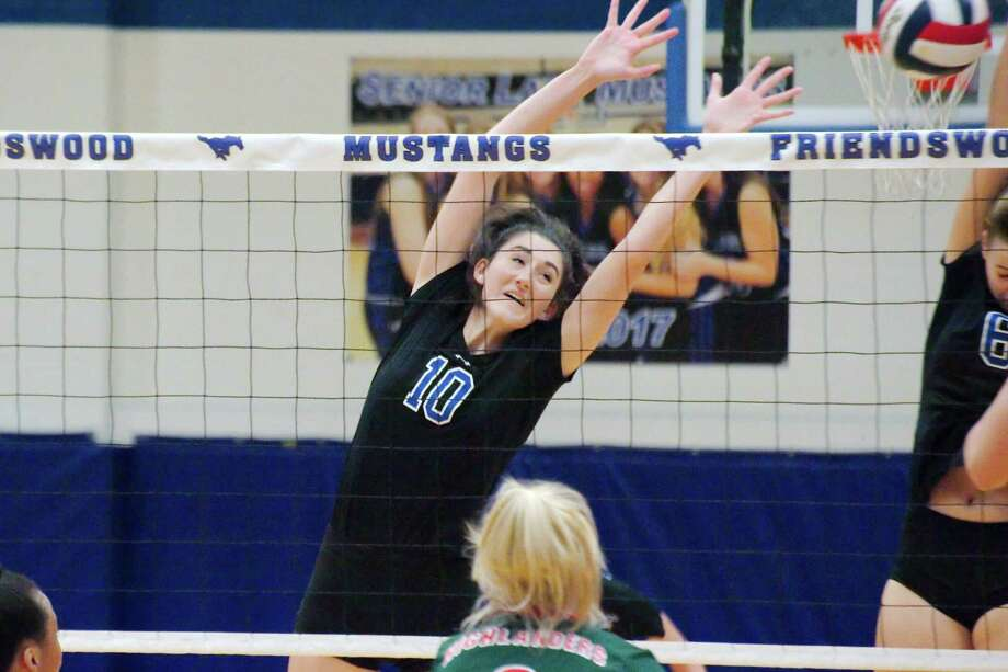 Friendswood's McKenna Fridye (10) was recently named the District 24-6A most valuable player for volleyball. Photo: Kirk Sides / © 2017 Kirk Sides / Houston Chronicle