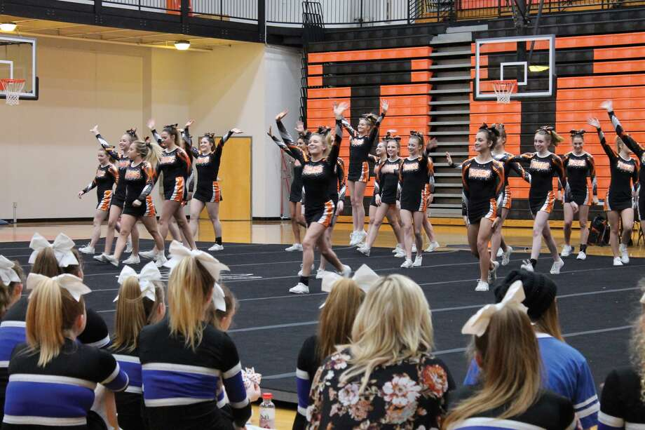 The Edwardsville High School Tiger varsity and jayvee cheerleaders are conducting their annual clinic on Saturday, Oct. 21, from 1 p.m. to 4 p.m. Check-in begins at 12:30 and their will be a performance for parents at 3:30 p.m. The event will be conducted at EHS. The EHS coaching staff and cheerleaders will conduct the clinic which is open to girls and boys in kindergarten through fifth grade. They will be divided into age appropriate groups. The cost is $35. Additional family members are $25. Cost includes, clinic, cheer clinic t-shirt, photo, snack and drink. For more information, contact Kerri Smith at 789-1756 or email tigerscheerclinic@gmail.com. Photo: Intelligencer Photo