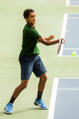 Dow sophomore Anish Middha, Dow's number one singles player, plays an athlete from University of Detroit Jesuit during a tournament on Wednesday, September 13, 2017 at the Greater Midland Tennis Center. (Katy Kildee/kkildee@mdn.net) Photo: (Katy Kildee/kkildee@mdn.net)