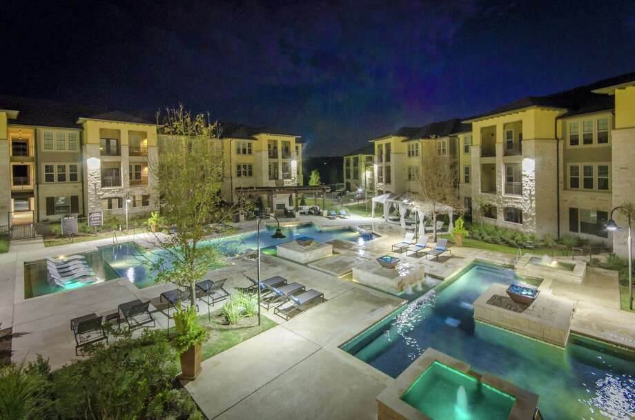 Bluerock Real Estate bought the 320-unit Grand at the Dominion apartment complex last week from Embrey Partners, the local development firm that constructed it in 2015 Photo: Courtesy Of Bluerock Real Estate