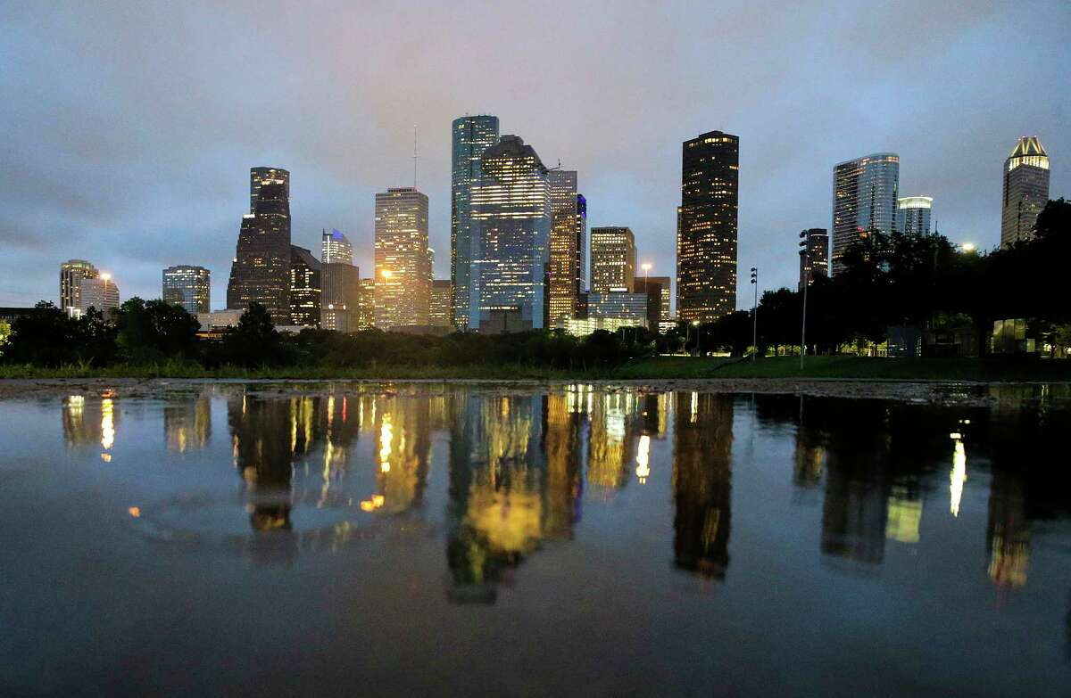 Standing tall in Houston Like other major cities across America, the Bayou City boasts impressive high-rise buildings that define its skyline.Scroll ahead to see which buildings rank as the tallest high-rises in Houston.