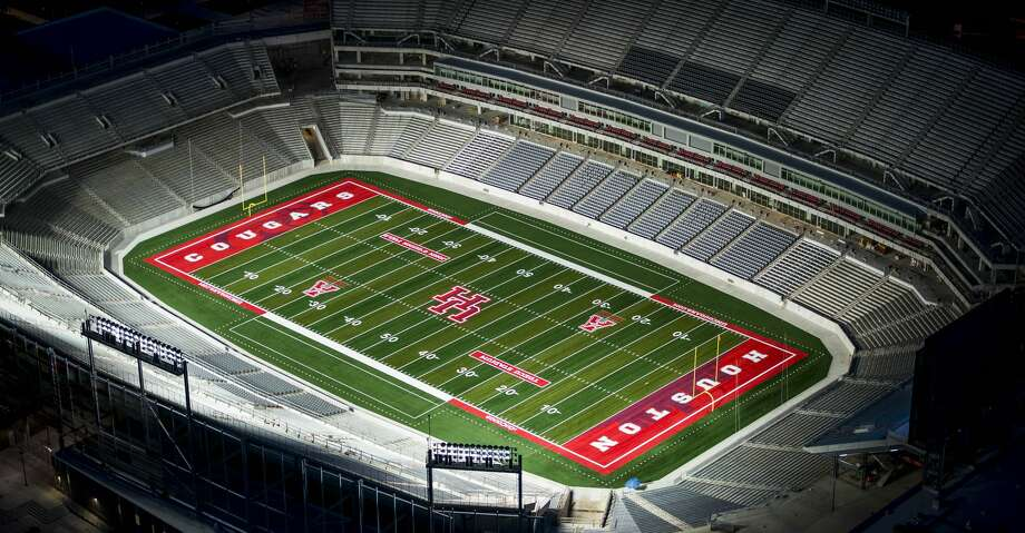 The University of Houston is planning a special tribute for Saturday's home opener against Rice in the Bayou Bucket. Photo: Smiley N. Pool/Houston Chronicle