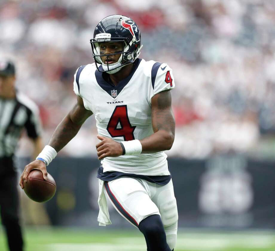 Houston Texans quarterback Deshaun Watson (4) runs the ball in the fourth quarter of an NFL football game at NRG Stadium, Sunday, Sept. 10, 2017, in Houston.  ( Karen Warren / Houston Chronicle ) Photo: Karen Warren, Staff / @ 2017 Houston Chronicle