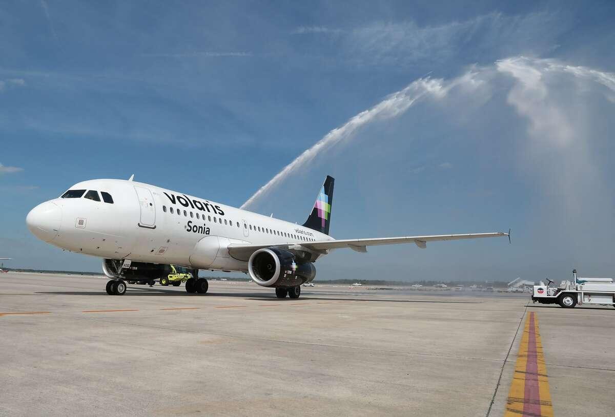 Volaris flies between San Jose and Guadalajara (Billy Smith II / Houston Chronicle)