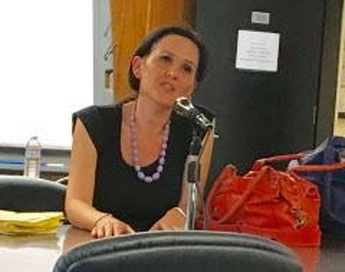 Cecile Lobo addresses Bridgeport School Board committee. Sept. 13, 2017