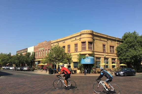 Winters� downtown draws travelers on foot and on wheels.