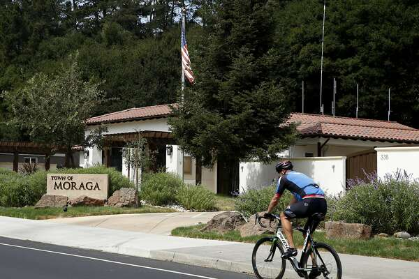 Town tapped out: Moraga's fiscal crisis shocks, baffles
