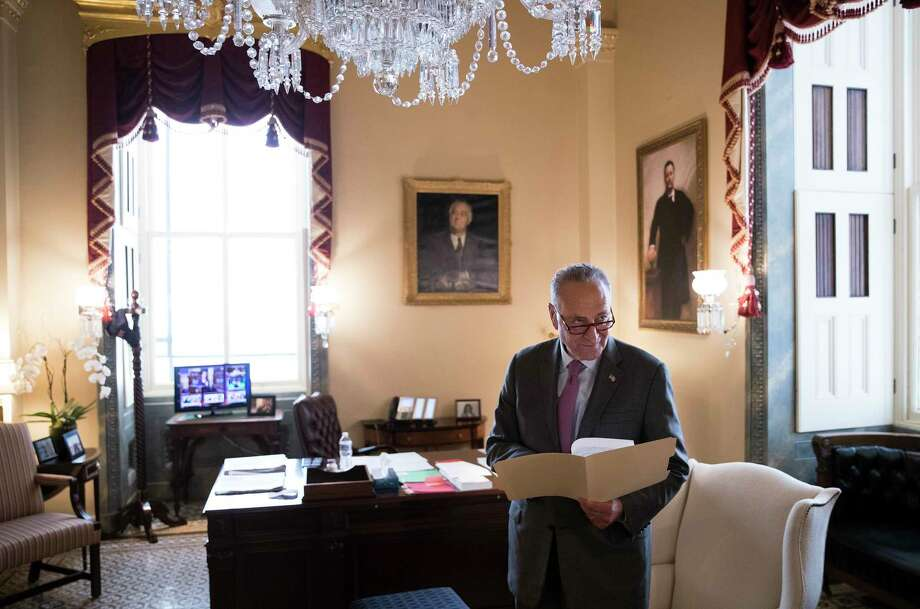 Senate Minority Leader Charles Schumer (D-N.Y.) before a news conference on Capitol Hill in Washington, Sept. 14, 2017. Photo: TOM BRENNER, New York Times / NYTNS