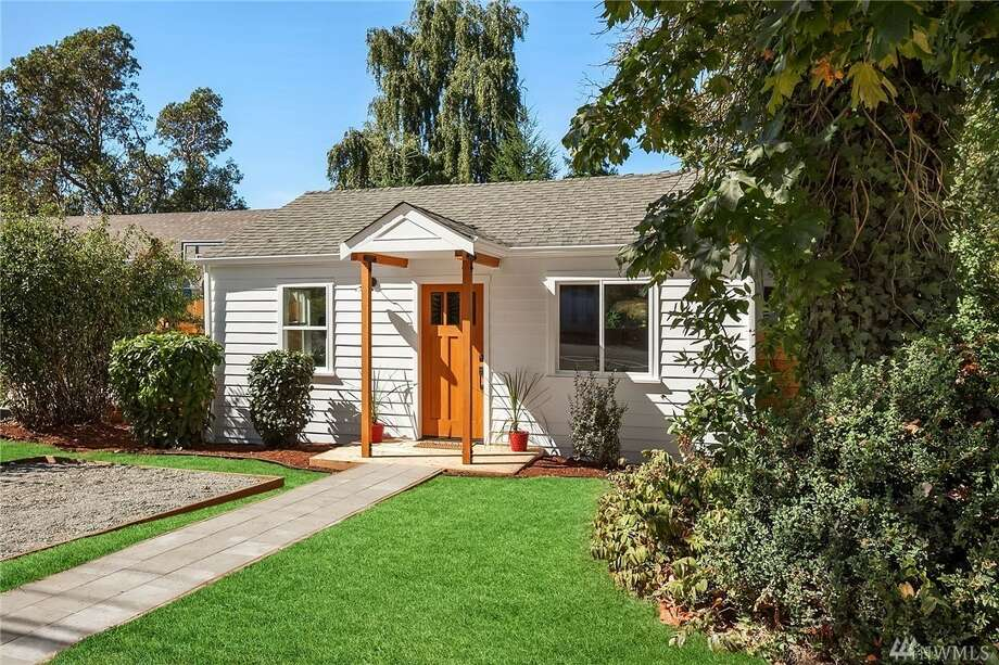 The first home, at 10613 28th Ave. S.W., is listed for $350,000. It is in Seola Beach, near White Center.The one-bedroom, ¾-bathroom home has a small studio in the backyard. The home was built in 1942 but has undergone extensive updates.There will be a showing for this home on Saturday, Sept. 14, and Sunday, Sept. 15, from 1 p.m. to 4 p.m. You can see the full listing here. Photo: Listing Courtesy Of Sabrina Booth, Windermere Real Estate Co.