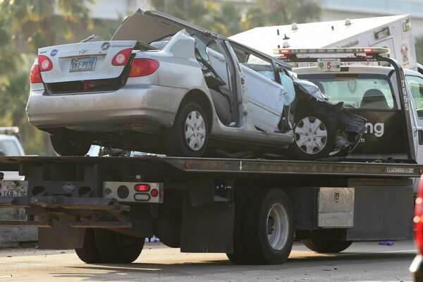Area and state briefs: Four-vehicle wreck on I-45 sends four