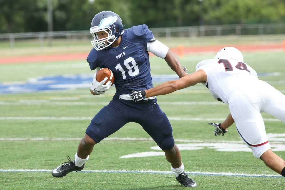 Zhyaire Fernandes caught an 83-yard touchdown pass last week in a 45-26 victory over Stonehill.