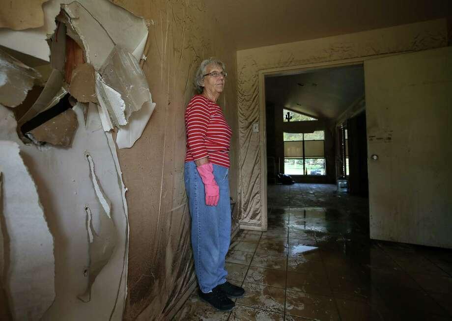 """I thought we were going to drown,""Linda Holmes says, recalling the night her Wharton home flooded. Photo: Godofredo A. Vasquez, Houston Chronicle / Godofredo A. Vasquez"