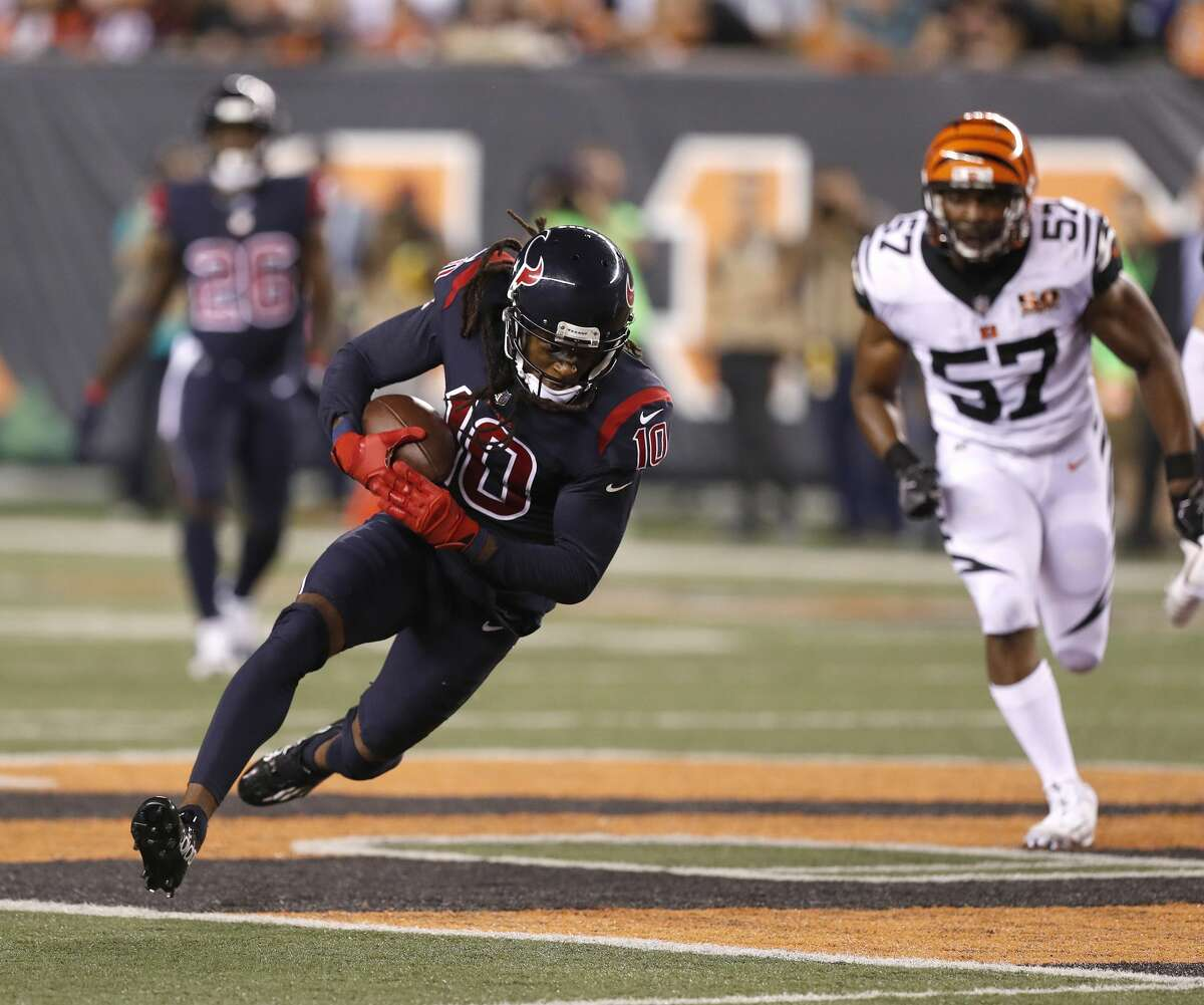 JOHN McCLAIN GRADES THE TEXANS Wide receiver/tight end DeAndre Hopkins was Deshaun Watson's favorite target with seven catches for 73 yards. Because their three regular tight ends were injured, they had to use extra linemen as tight ends. Grade: C