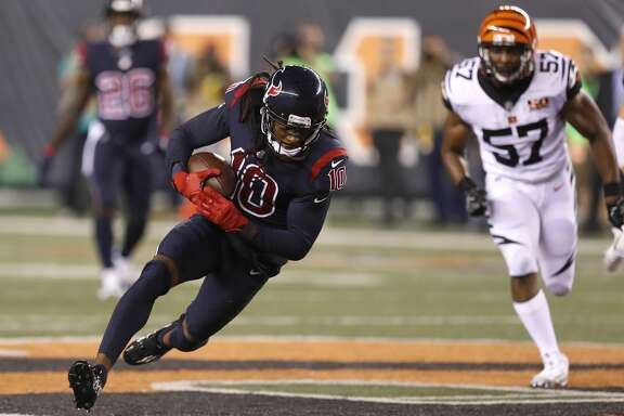 Houston Texans wide receiver DeAndre Hopkins (10) catches a pass during the second quarter of an NFL football game at Paul Brown Stadium on Thursday, Sept. 14, 2017, in Cincinnati. ( Brett Coomer / Houston Chronicle )
